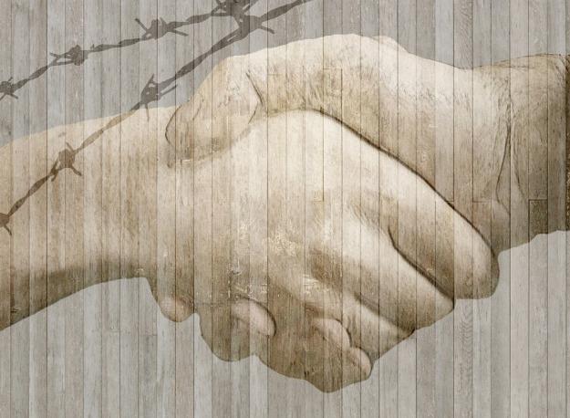 handshake-584105_960_720